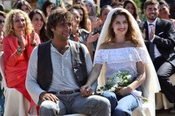 Una donna per amica: Laetitia Casta in una scena del film è in procinto di sposare Adriano Giannini
