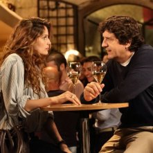 Una donna per amica: Laetitia Casta in una scena insieme a Fabio De Luigi
