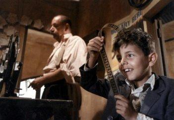 Nuovo cinema Paradiso: in scena Philippe Noiret e Salvatore Cascio
