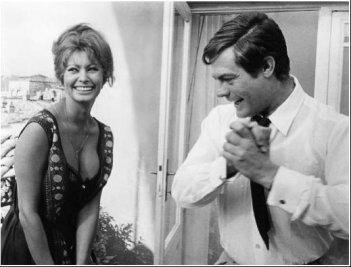Sophia Loren e Marcello Mastroianni sul set di Ieri, oggi, domani.