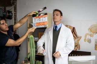 Amore oggi: Rocco Siffredi sul set dell'episodio Precari