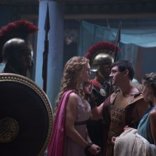 Hercules: La leggenda ha inizio, Gaia Weiss nei panni di Ebe insieme a Liam Garrigan (Ificle)