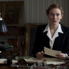 The Monuments Men: Cate Blanchett alla scrivania
