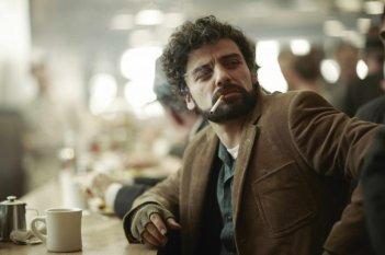 A proposito di Davis: Oscar Isaac in una scena tratta dal film