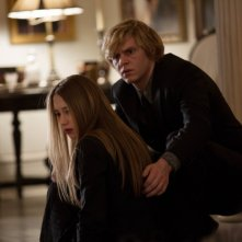American Horror Story, Coven: Taissa Farmiga ed Evan Peters nell'episodio The Seven Wonders