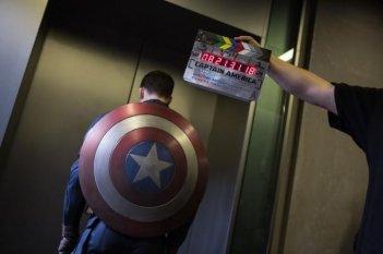 Captain America - Il soldato d'Inverno: Chris Evans davanti al ciak