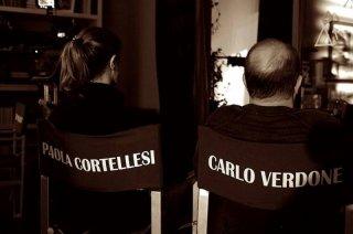 Sotto una buona stella: Paola Cortellesi e Carlo Verdone di spalle sul set del film