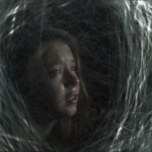 Spiders 3D: Sydney Sweeney imprigionata tra le ragnatele aliene
