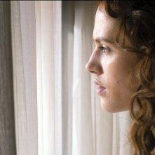 Storia d'inverno: Jessica Brown Findlay in un bel primo piano tratto dal film