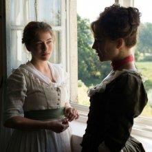 Beloved sisters: Henriette Confurius e Hannah Herzsprung in un momento del film