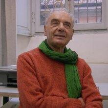 Felice chi è diverso: Corrado Levi in una scena del documentario