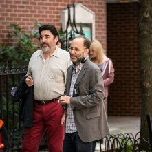 Love is strange: Alfred Molina sul set con il regista Ira Sachs