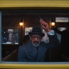 The Grand Budapest Hotel: Jeff Goldblum in una scena del film sul treno