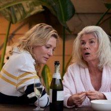 The Turning: Cate Blanchett con Robyn Nevin nel frammento 'Reunion' diretto da Simon Stone