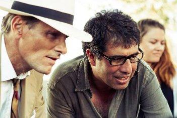 Viggo Mortensen sul set de I due volti di gennaio con il regista Hossein Amini