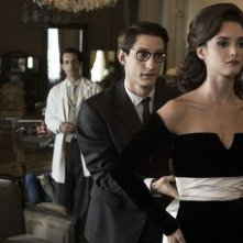 Yves Saint Laurent: Pierre Niney con Charlotte Le Bon in un momento del film