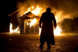 Calvario: Brendan Gleeson in una scena 'infuocata' del film