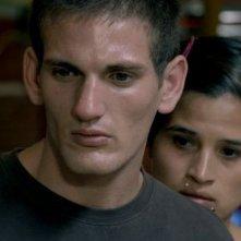 History of fear: Tatiana Giménez insieme a Jonathan Da Rosa in una scena