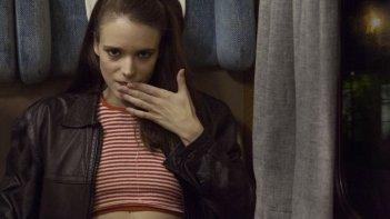 The Nymphomaniac - Part 1: Stacy Martin in una'ammiccante scena del film