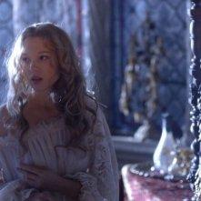 La bella e la bestia: la bellissima Lea Seydoux in un'immagine del film nei panni di Belle