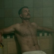 Looking: Murray Bartlett in sauna nell'episodio Looking at Your Browser History