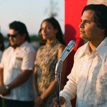 Cesar Chavez: Michael Pena con Rosario Dawson in una scena del film