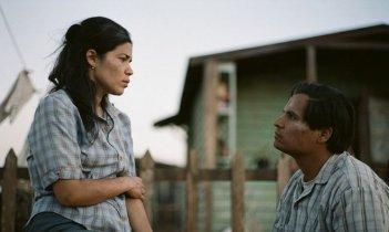 Cesar Chavez: Michael Pena e America Ferrera in una scena del film