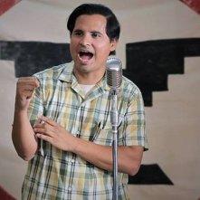 MichaelPeña in una scena di César Chávez