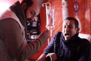 Supercondriaco - Ridere fa bene alla salute: Dany Boon con il suo medico curante Kad Merad in una scena