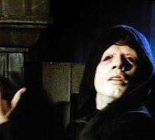 John Travolta nell'horror Il Maligno (1975)