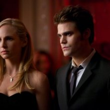 The Vampire Diaries: Paul Wesley e Candice Accola in una scena dell'episodio Total Eclipse of the Heart
