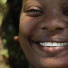 Chocò: Karent Hinestroza sorride in una scena del film