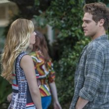 Star-Crossed: Natalie Hall e Grey Damon nell'episodio These Violent Delights Have Violent Ends