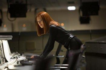 Captain America: The Winter Soldier - Scarlett Johansson al computer