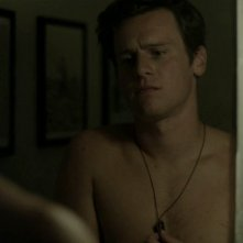 Jonathan Groff in 'Looking in the Mirror' episodio della prima stagione di Looking
