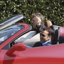 Entourage - The Movie: Liam Neeson e Adrian Grenier sul set opena air a Los Angeles