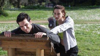 La mossa del pinguino: Edoardo Leo e Francesca Inaudi in una scena del film