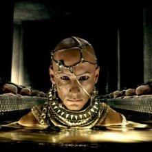 300: Rise of an Empire, Rodrigo Santoro in una scena del film nei panni di Serse