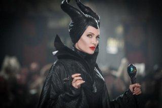 Malefica: bella e perfida. Angelina Jolie in una scena