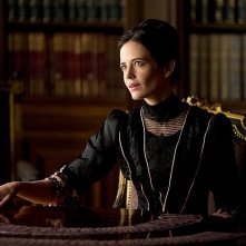 Penny Dreadful: Eva Green in una scena del primo episodio