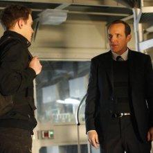 Agents of S.H.I.E.L.D.: Clark Gregg ed Iain De Caestecker nell'episodio TAHITI