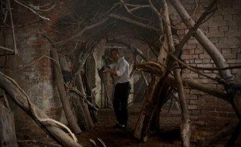 Matthew McConaughey in una scena dell'episodio Form and Void di True Detective