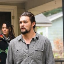 The Red Road: Lisa Bonet e Jason Momoa in una scena della serie