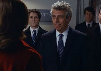 The Good Wife: Eric Bogosian nell'episodio Parallel Construction, Bitches