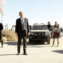 Agents of S.H.I.E.L.D.: Ming-Na Wen, Clark Gregg, Jaimie Alexander e Brett Dalton in una scena dell'episodio Yes Men