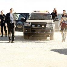 Agents of S.H.I.E.L.D.: Ming-Na Wen, Clark Gregg, Jaimie Alexander e Brett Dalton nell'episodio Yes Men