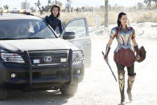 Agents of S.H.I.E.L.D.: Ming-Na Wen e Jaimie Alexander in una scena dell'episodio Yes Men