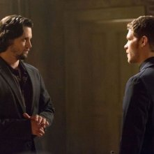 The Originals: Joseph Morgan e Nathan Parsons in una scena dell'episodio Moon Over Bourbon Street