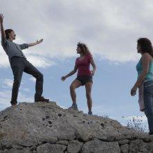 In grazia di Dio: Celeste Casciaro con Laura Licchetta e col regista Edoardo Winspeare sul set del film
