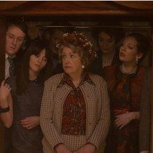Inside No. 9: Tim Key, Ophelia Lovibond, Anne Reid, Anna Chancellor e Katherine Parkinson nell'episodio Sardines
